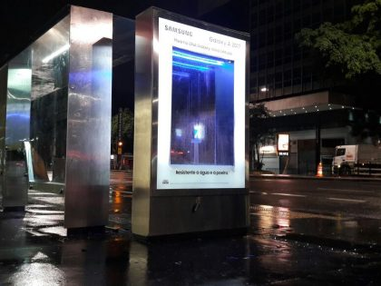 Samsung Cria Ação Com Relógio D´água Na Avenida Paulista
